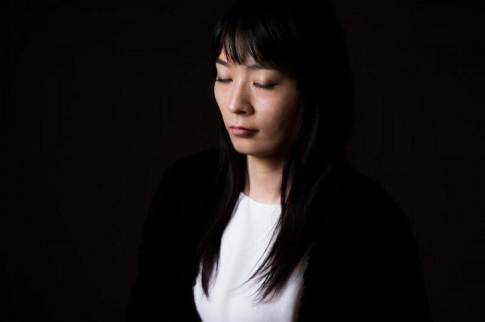 うつ病での離婚の原因は、妻の外国人との浮気だった