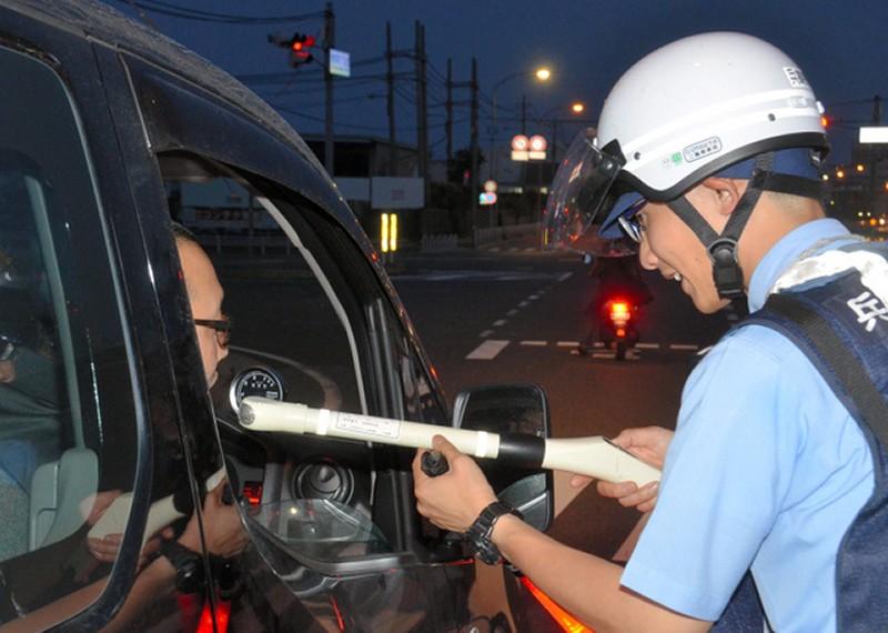 酒気帯び運転の警察の検査