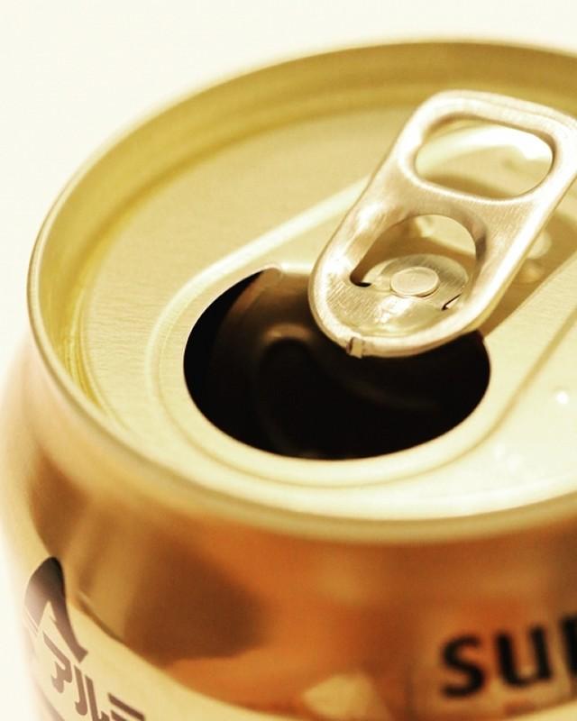 うつ病で入院中に缶ビールを飲む