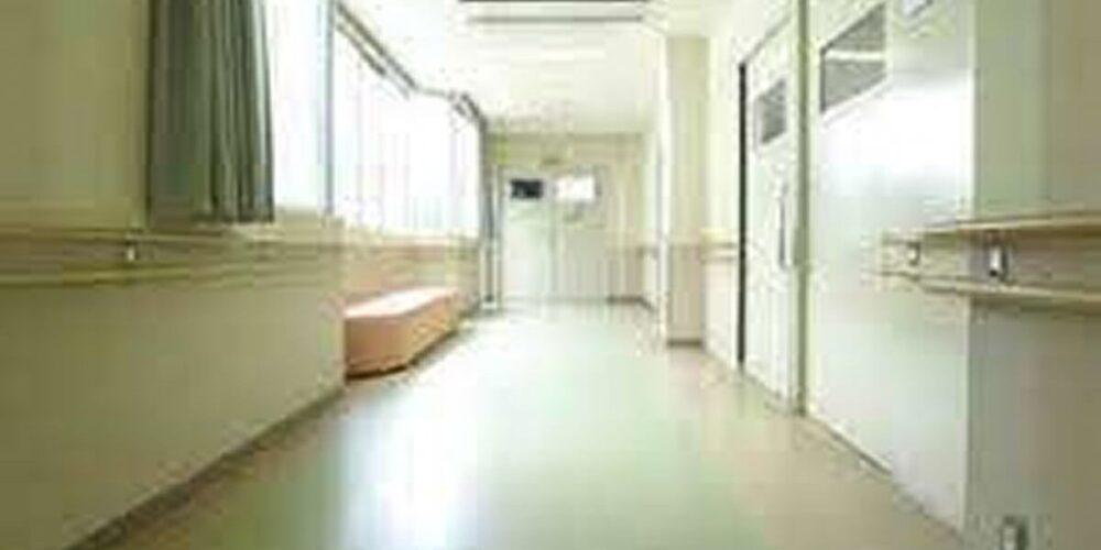 精神病院の廊下