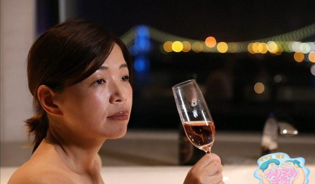大久保佳代子さんが番組でお酒を飲んで泥酔