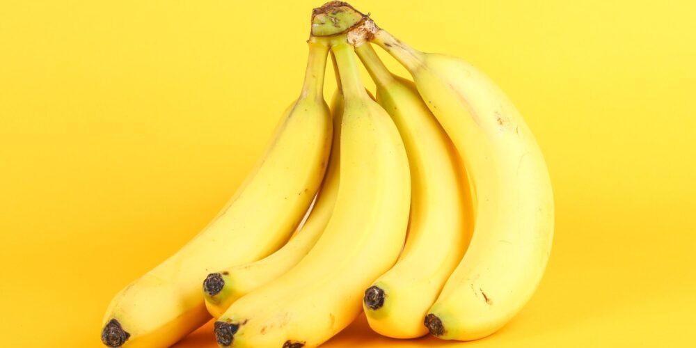 セロトニンの原料トリプトファンが多いバナナ